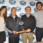 Tomás González recibió premio homenaje de parte de cadena Fox Sports