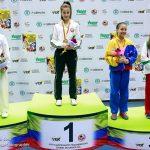 Chile cosecha dos oros y seis bronces en el Panamericano Juvenil de Karate 2013