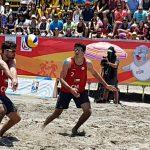 Primos Grimalt, Francisca Rivas y Pilar Mardones avanzan a semifinales del volleyball playa en Iquique