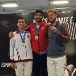 Víctor Contreras logró medalla de oro en torneo brasileño de esgrima