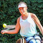 Macarena Cabrillana avanza en singles y dobles en el Ath Open