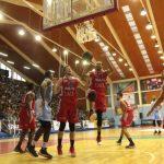 CD Valdivia derrota a Ancud y empata la serie semifinal de la Conferencia Sur de la Liga Nacional de Básquetbol