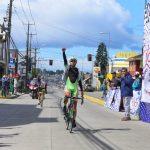 Argentino Gastón Javier se quedó con la primera etapa de la Vuelta Ciclista a Chiloé