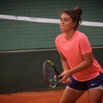 Fernanda Brito avanza en singles y dobles del W15 de Guayaquil