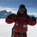 Hernán Leal conquistó la cumbre de la sexta montaña más alta del mundo
