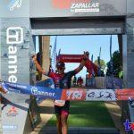 """Felipe Van de Wyngard y Macarena Salazar ganaron el """"Tanner Triatlón de Zapallar"""""""