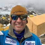 Hernán Leal es el primer chileno en conquistar la cumbre del monte Kanchenjunga