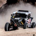 """""""Chaleco"""" López mantiene el segundo lugar de la general en el Dakar"""