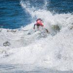 Fuertes olas marcaron la primera jornada del Maui and Sons Viña del Mar Open