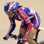 Ciclista Paola Muñoz entrena en bicicleta arrendada debido a que LAN perdió la suya
