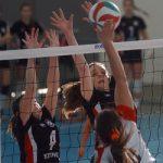 Manquehue y Boston College lideran competencia femenina en Liga Chilena de Volleyball