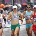 Érika Olivera y Natalia Romero finalizan la maratón olímpica en los puestos 64 y 69