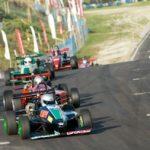 Sebastián Valenzuela y Maurizio Bustos son los ganadores en nueva fecha de Fórmula Nissan