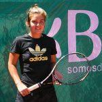 Fernanda Brito se acerca al número 1 de Chile