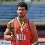 Hevertt Álvarez logra nuevo récord nacional juvenil en el lanzamiento del martillo