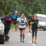 En 27 horas la maratonista Marlene Flores bordeó el Lago Llanquihue