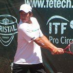Dos tenistas chilenos superan la primera ronda en jornada inaugural del Futuro Chile 3