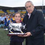 Tenimesista Valentina Ríos fue premiada por la Municipalidad de Osorno