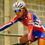 Leonardo Farkas ayuda con 3 millones de pesos a la ciclista Aranza Villalón