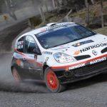 Jorge Martínez gana en Pucón y reduce al mínimo la lucha en la categoría R3 del Rally Mobil