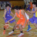 C.D. Valdivia y C.E.B. Puerto Montt se enfrentan por un cupo en los playoffs de la Liga Saesa