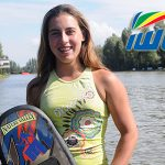 Valentina González lidera el ranking mundial de esquí náutico juvenil en salto