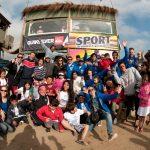 Expositores nacionales dictarán clase de surf a niños en riesgo social