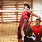 Círculo Militar y U. Católica sumaron triunfos vitales en la Copa Providencia de Volleyball