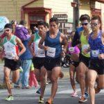 Cristopher Guajardo y Giselle Álvarez ganaron el medio maratón de Frutillar