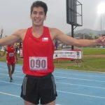 Carlos Díaz logra nuevo récord chileno adulto de los 3000 metros planos