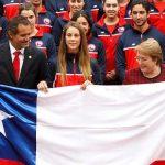 Presidenta de la República despidió al Team Chile y entregó la bandera oficial a Isidora Jiménez