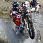 Pablo Quintanilla lidera la competencia de motos en el Atacama Rally