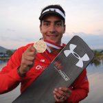 Felipe Miranda gana medalla de bronce en salto del Mundial de Esquí Náutico