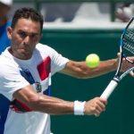 Dominicano Víctor Estrella se marginó de la serie de Copa Davis ante Chile
