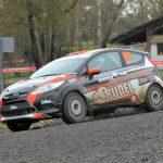 Rodrigo Ruiz de Loyzaga recluta a joven navegante para la temporada 2016 del Rally Mobil