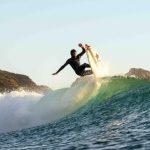Surfistas buscarán la ola perfecta en la costa del Maule
