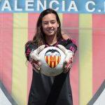 Christiane Endler: La ANFP no da la importancia que debe al fútbol femenino