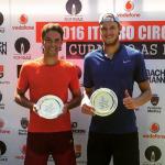 Nicolás Jarry y Simón Navarro se titulan campeones de dobles del Futuro 13 Rumania