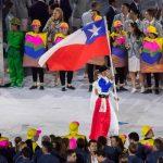 Con Erika Olivera como abanderada desfiló el Team Chile en el Maracaná