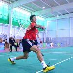 Iván León firmó contrato con club profesional de badminton español