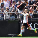 Yanara Aedo y Christiane Endler fueron figuras en el triunfo de Valencia ante Levante