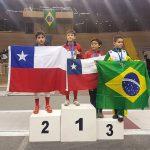 Chile cerró una buena actuación en el Sudamericano Infantil y Veteranos de Esgrima