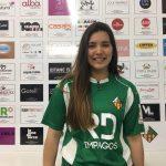 Catalina Flores fue presentada como nuevo refuerzo del club español CP Vilanova
