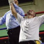 Patricio Bravo consiguió su segunda victoria en el boxeo profesional
