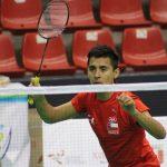 Cristian Araya entrega una medalla de bronce para el bádminton chileno en los Juegos Bolivarianos