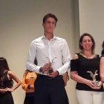 Clemente Seguel recibió el premio del CPD como mejor velerista 2017 y entregó su apoyo a Arley Méndez