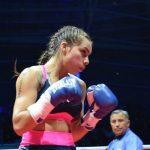 Una lesión cervical baja a Daniela Asenjo de la disputa el título mundial súper mosca FIB