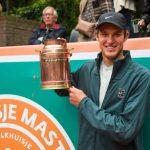 Nicolás Jarry se tituló campeón invicto del torneo de exhibición Melkhuisje Masters