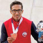 Yerko Araya y Humberto Mansilla entregan las primeras medallas para el atletismo chileno en Cochabamba