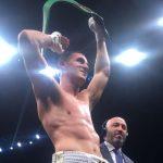 Julio Álamos gana por nocaut y retiene su título sudamericano súper mediano del CMB